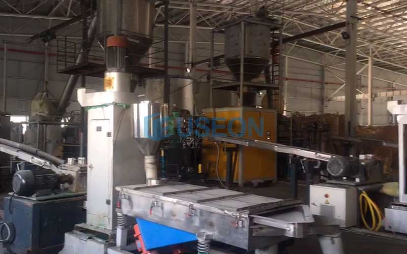 1100kg/h PET瓶片回收生产线 泰国客户