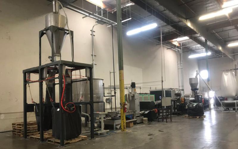 1100kg/h PET瓶片回收造粒 美国