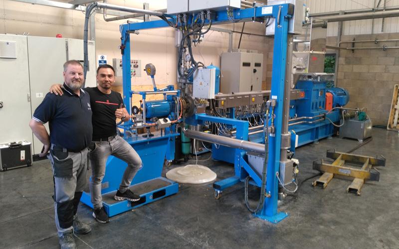 400kg/h 微粒彩色母粒造粒生产线 英国