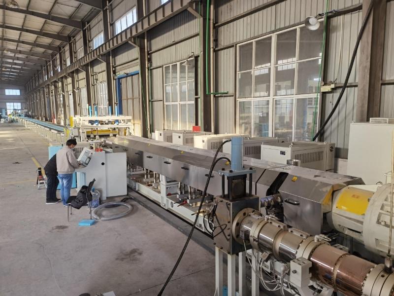 杭州光炜挤塑板生产线